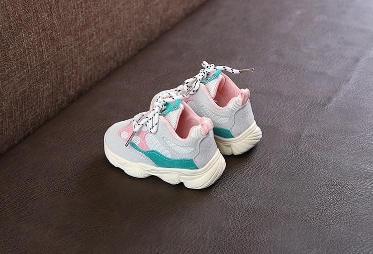 Otoño bebé niña Niño Zapatos Niño Infante Casual zapatos de correr Fondo suave cómodo color de costura niños zapatillas 19