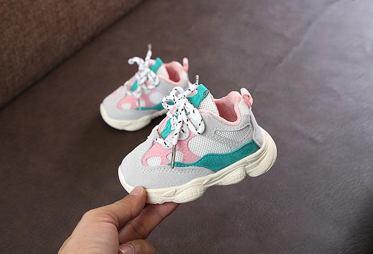 Otoño bebé niña Niño Zapatos Niño Infante Casual zapatos de correr Fondo suave cómodo color de costura niños zapatillas 17