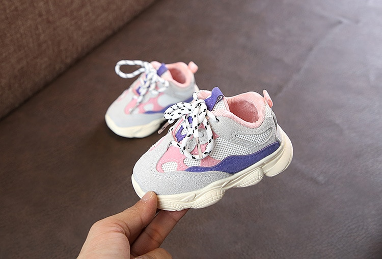 Otoño bebé niña Niño Zapatos Niño Infante Casual zapatos de correr Fondo suave cómodo color de costura niños zapatillas 14