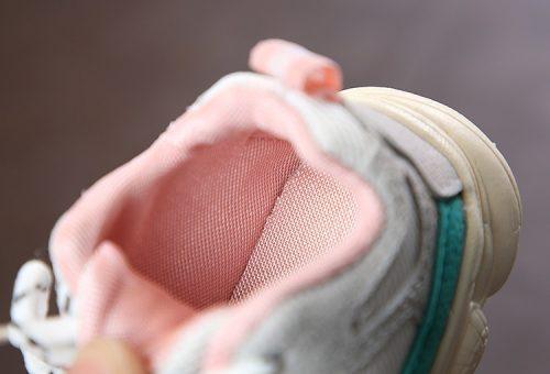 Otoño bebé niña Niño Zapatos Niño Infante Casual zapatos de correr Fondo suave cómodo color de costura niños zapatillas 22