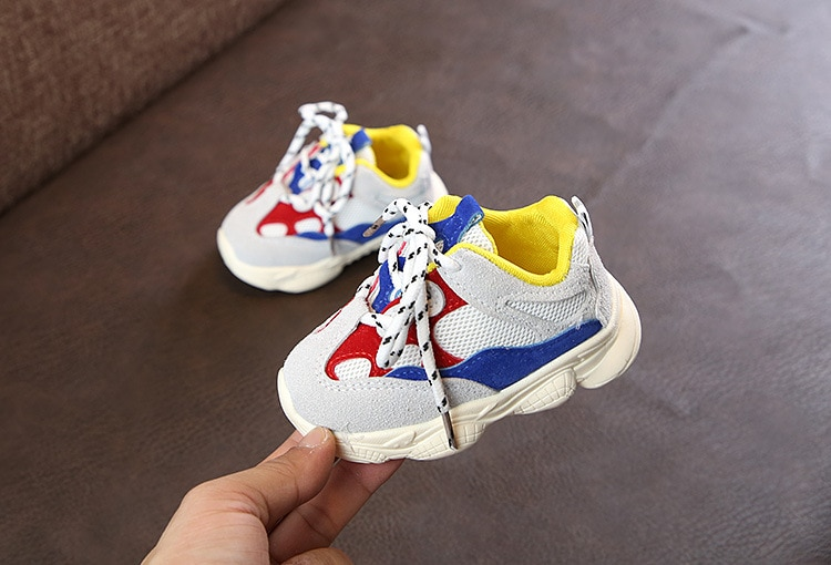 Otoño bebé niña Niño Zapatos Niño Infante Casual zapatos de correr Fondo suave cómodo color de costura niños zapatillas 11