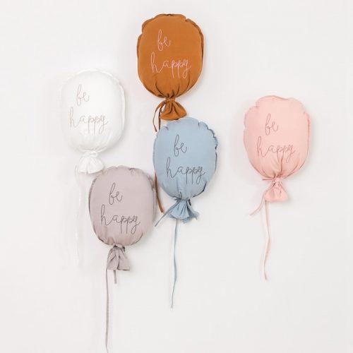 Decoración algodón con forma de globos, nubes y arcoiris 1